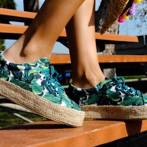 Shoes - 🆕//The Ray// Summer print green Espadrille